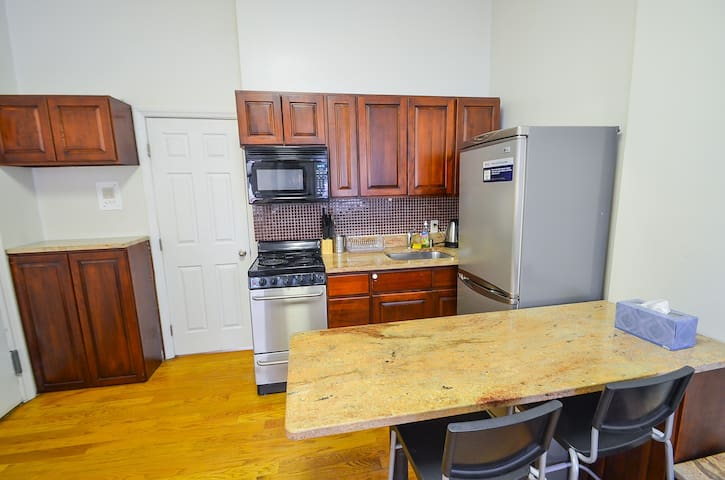 Renovated, Nice 1BD Central Park