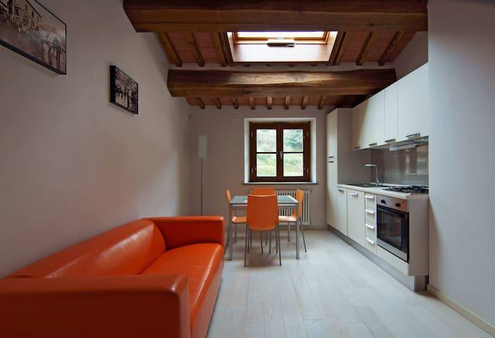 GENOVEFFA Pisa Lucca Firenze - Buti - Apartemen