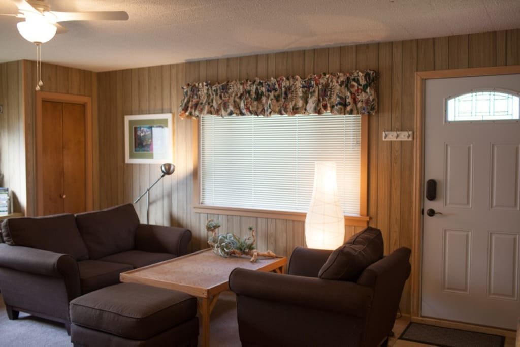 Comfortable living after your Rocky Mtn adventures. Ceiling fan with light, spacious seating area, and private entrance with digital entry lock.
