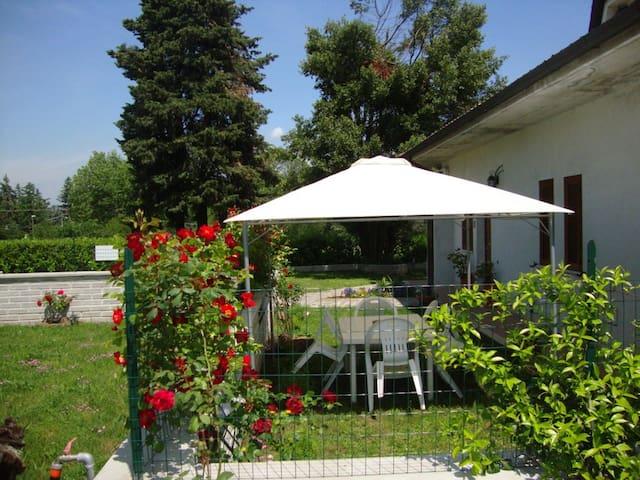 "Casa Vacanze ""Villa Turi"" - Labico - Wohnung"