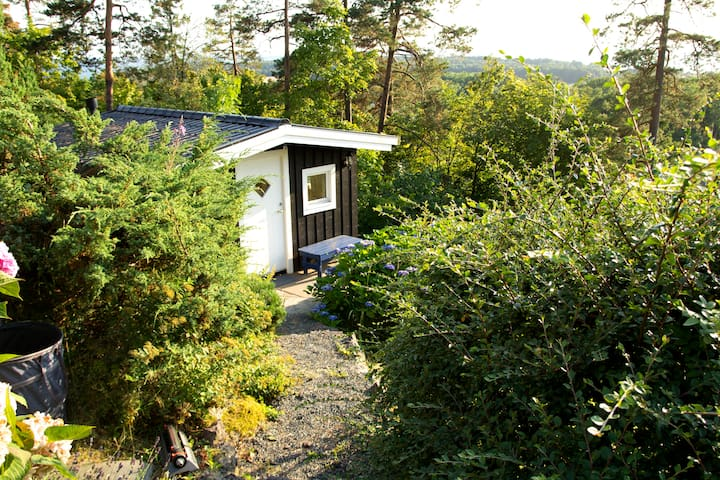 Small annex in a quiet garden - Moss - Cabana