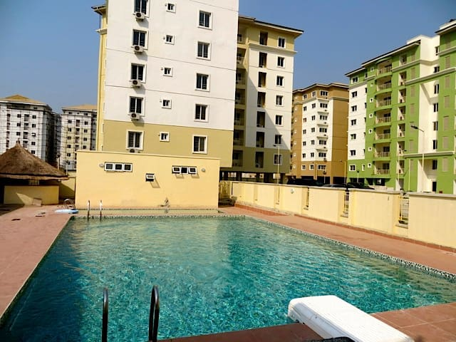 4 BDRMS PENTHOUSE FLATS @SAFE COURT - Lekki - Lakás