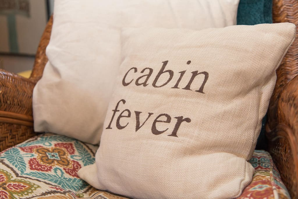 Fun cabin decor!