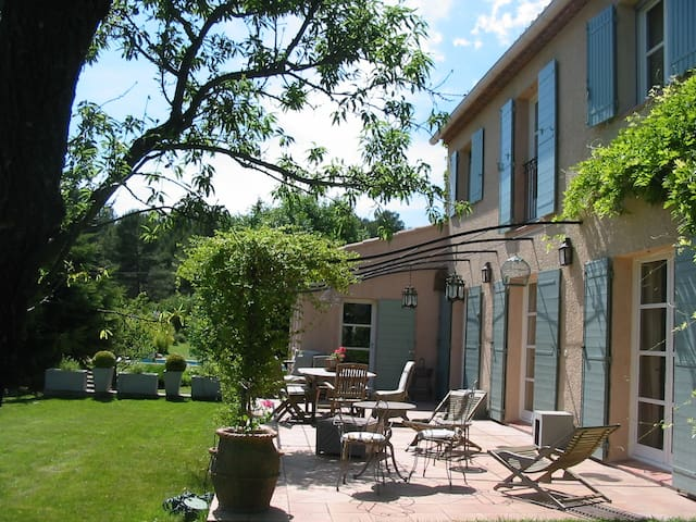vacation Provence 4/5 pers - Ventabren - Talo