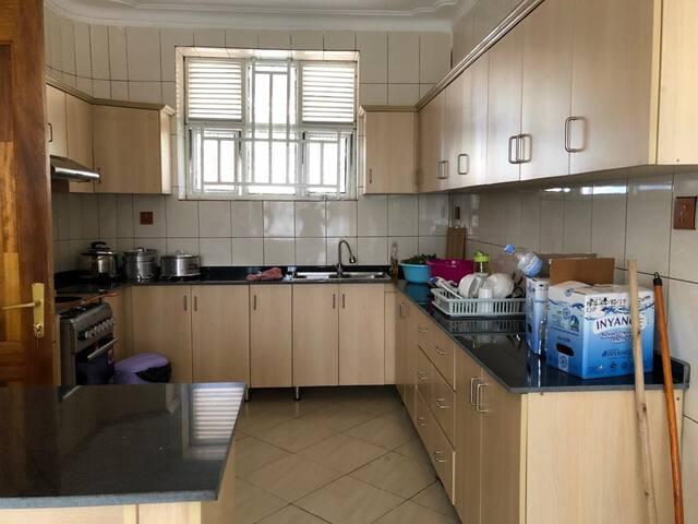 Lake Kivu view Private home