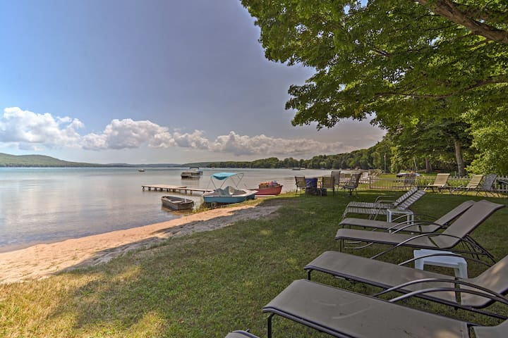 Serene Lakefront Apartment & Suite w/ Private Dock