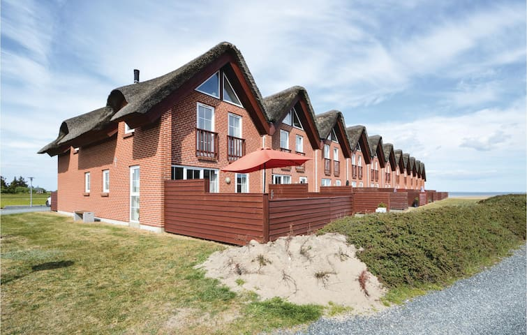 Terraced house with 3 bedrooms on 117m² in Rømø