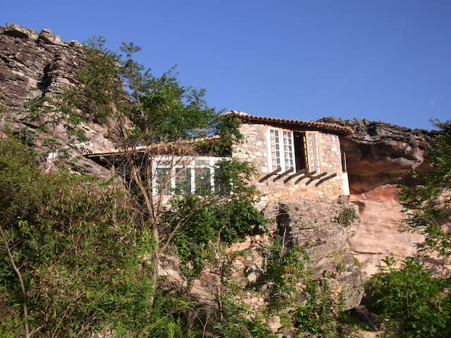 Cave in Igatu Chapada Diamantina BA - Igatu - Houten huisje