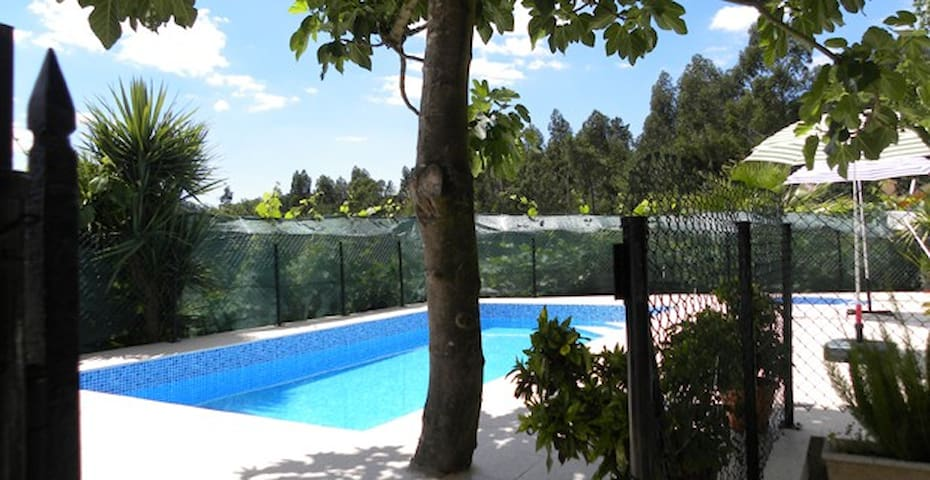 Floor1 in House with Pool 2-7people - Paredes Municipality - Byt