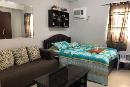 Affordable & convenient  unit w/ wifi & cable tv
