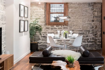 Gorgeous Stone, 1890s Apt with Mid-century Style, Downtown