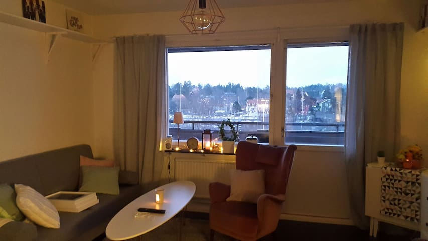 Fresh apartment with nice balcony - Danderyd - Apartment