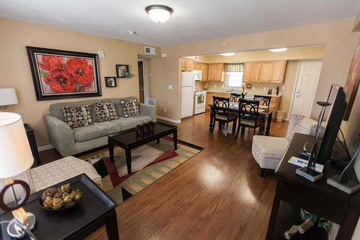 Private 2 Bdrm Apts in Ideal Location - Deluxe