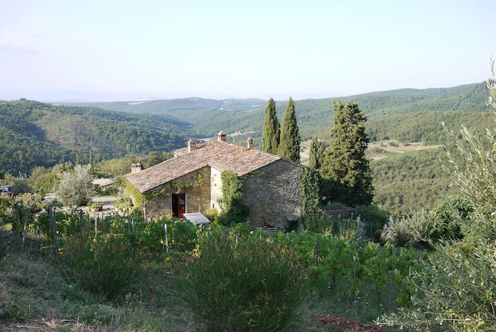 Secluded farmhouse with breathtaking views - San Vincenti - Willa