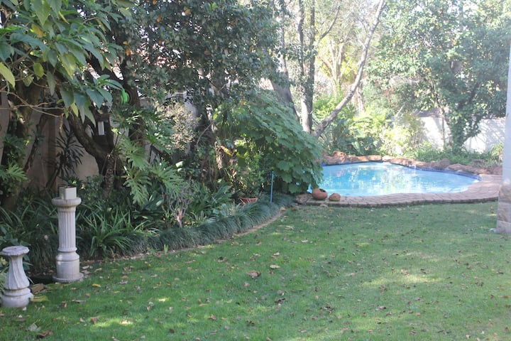 Lovely secured house inside Devonshire Park Estate