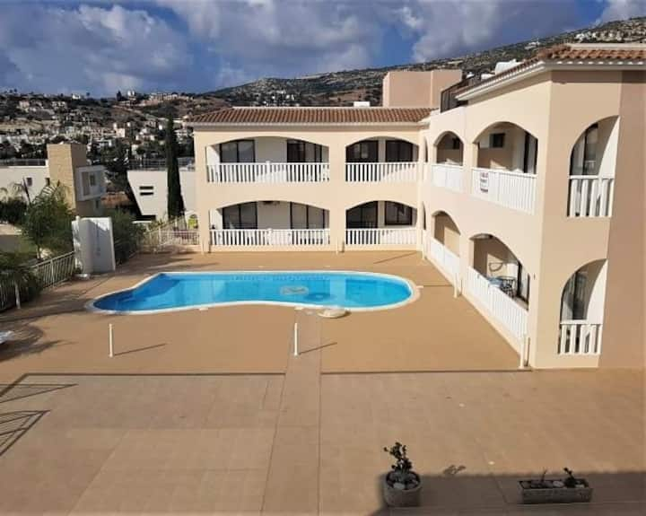 Brand new 2 bed luxury fully equipped apartment