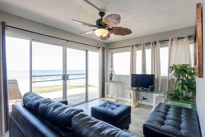 The Makaha Shores Executive Suite *$79 Special!*