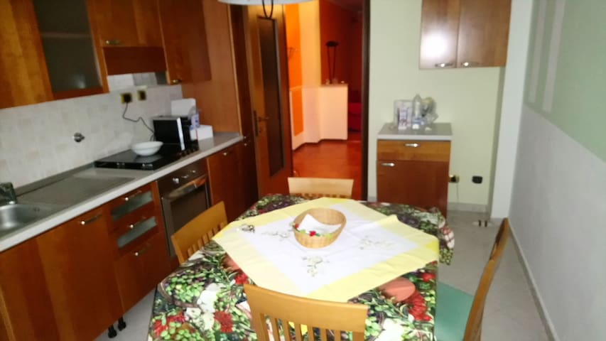 Awesome home in Villastellone w/ 2 Bedrooms