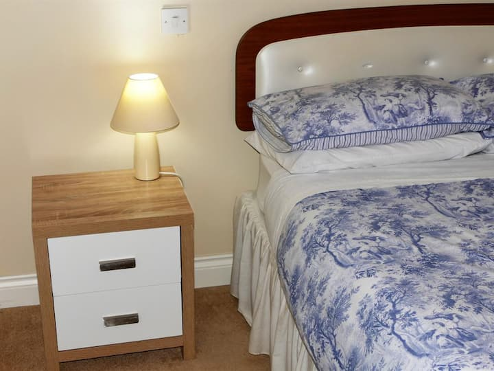 The Willows - Comfortable Double Room