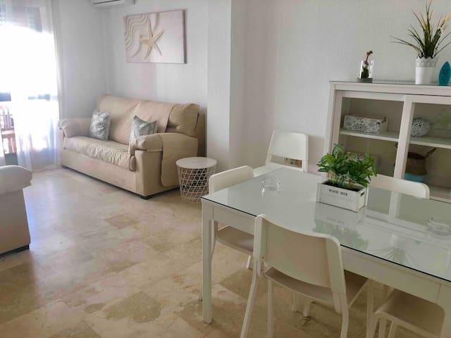 Espacioso apartamento en Barbate con Wifi