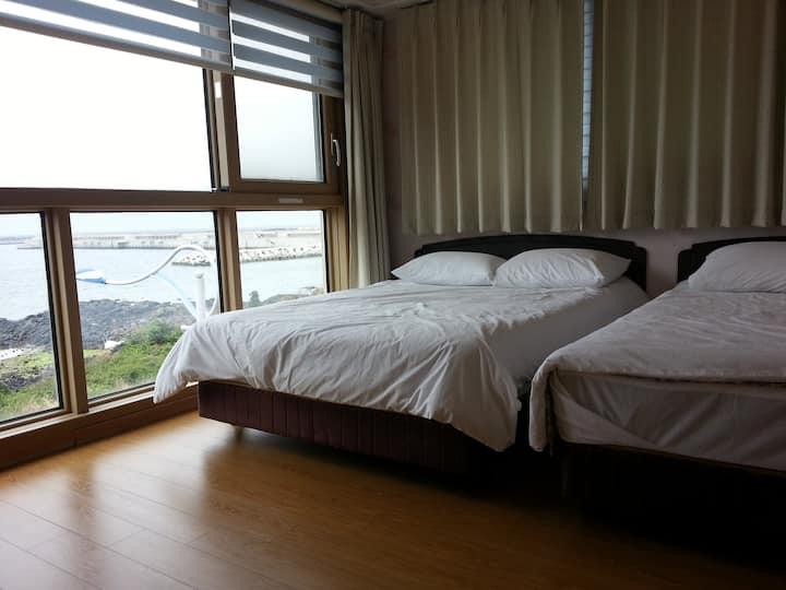 Close to Jeju Airport, ocean views