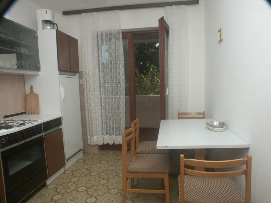 Dining room, Surface: 4 m²