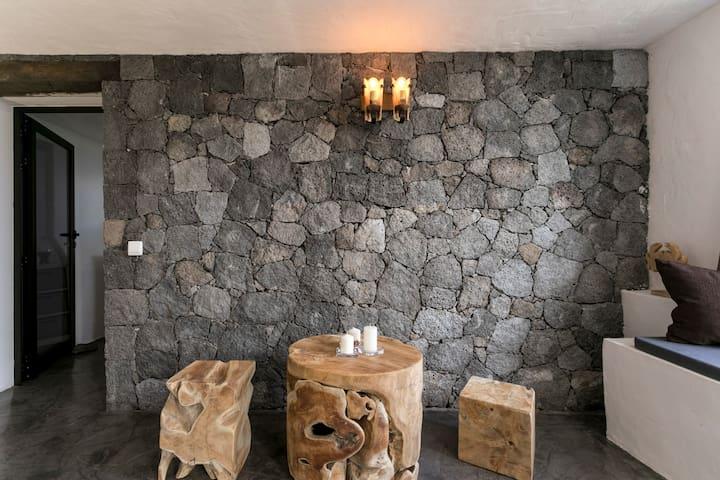 Special cave room (ex-tank)