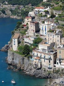 Villa sul mare della Costa d'Amalfi - Minori