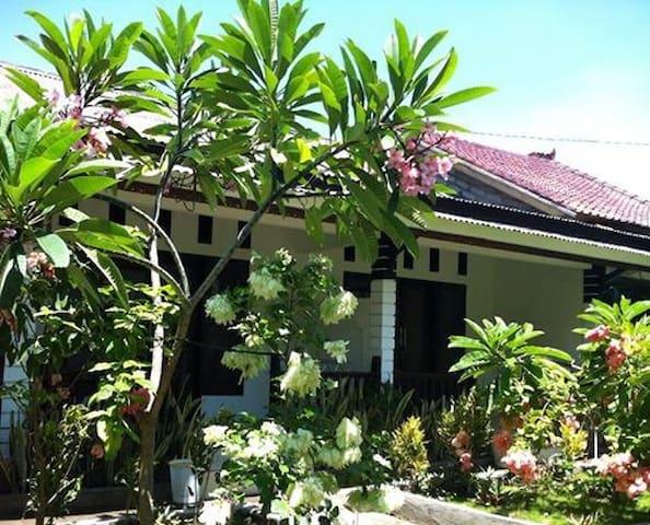 Gili Guest House (standar 03) - Mataram - Casa de campo