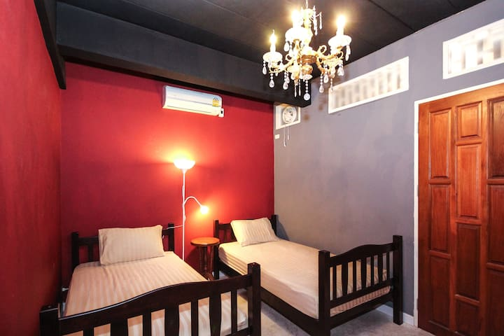 *Twin Bed Boutique Cozy Room* 10min to BTS free BF - Bangkok - Bed & Breakfast