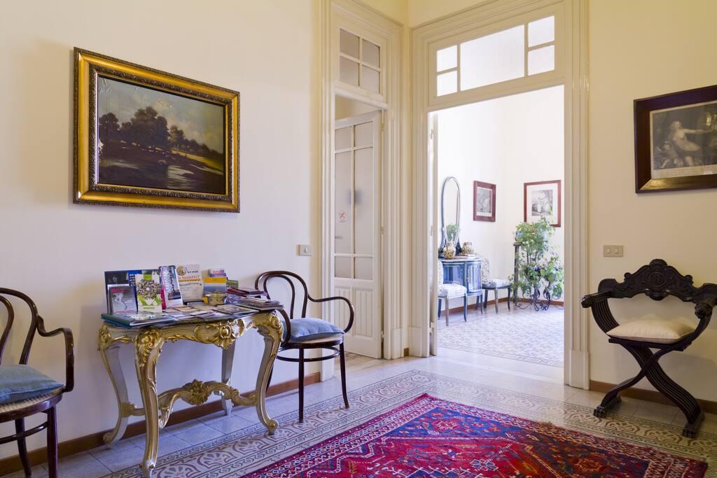 b b l 39 olivella palermo rooms b b chambres d 39 h tes louer palerme sicile italie. Black Bedroom Furniture Sets. Home Design Ideas
