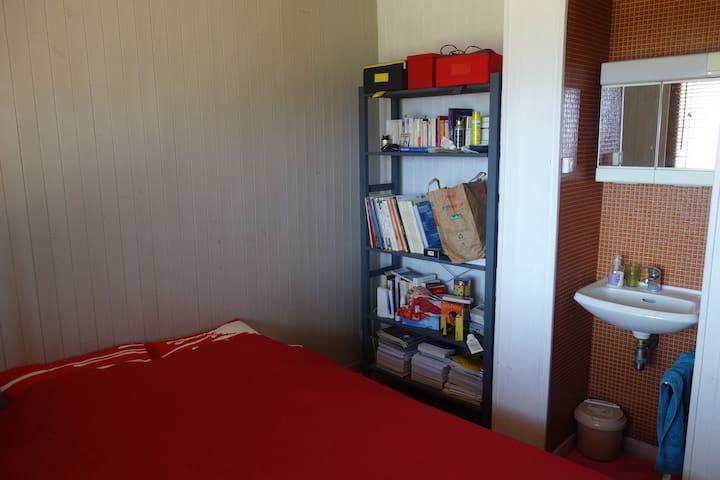 Et la dernière chambre, avec canapé lit double 160x200