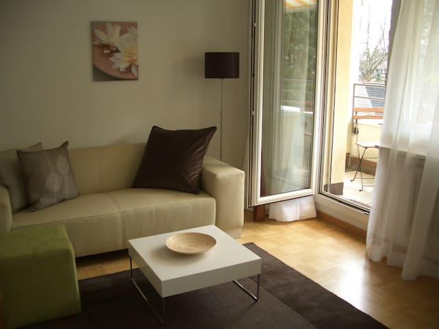 Modern, silent studio apartement - Baden - Appartamento