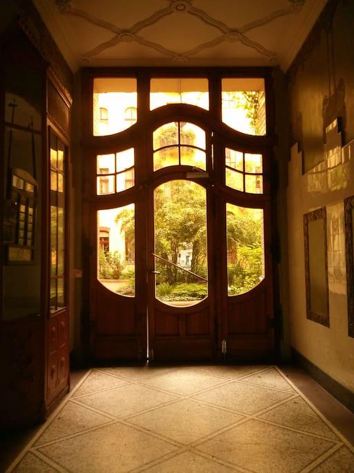 Eingang zum Hof