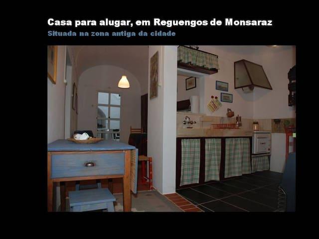 Casa Centro Histórico de Reguengos - Reguengos de Monsaraz - Apartment