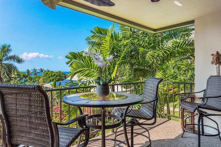 Kahaluu Bay Villas 102, Walk to Beach, Ocean View