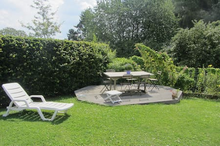 Private room in nice house - Meise - Bed & Breakfast