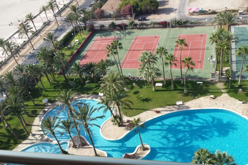 The wonderful private resort: swimming pool and sports courts