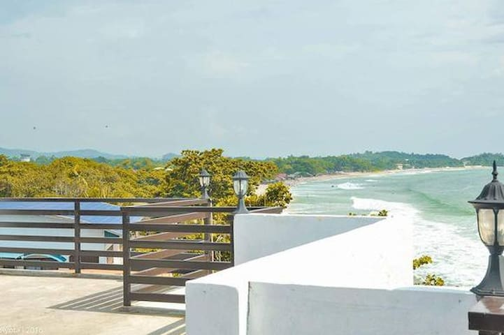 #OCEANAIRE LUXURY 2 BEDROOM CONDO-BEACH FRONT