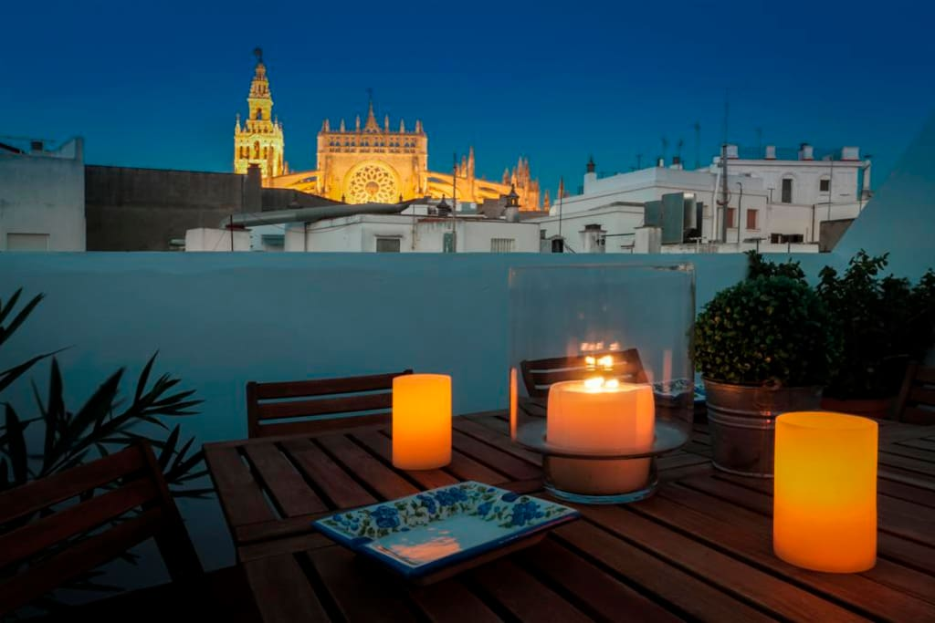 Apt With Private Terrace A Metres Of The Cathedral Flats For Rent In Seville Andalusia Spain