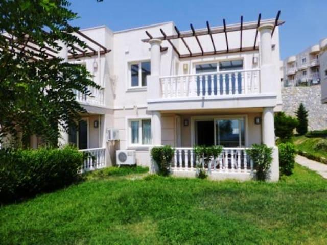 2 BEDROOMED FAMILY APARTMENT BODRUM - Milas - Apartament