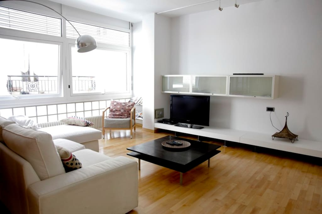 Living Tv, Dvd and films, Wi-fi