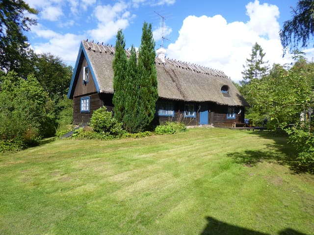 Charming Swedish house near lake - Kristianstad