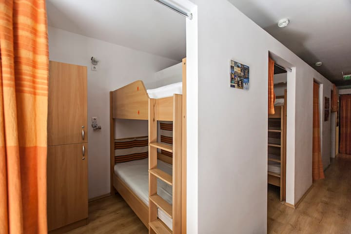 Downtown budget hostel - bed 1 - Boedapest