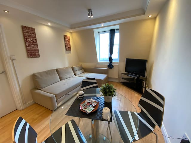 Private one bedroom flat in King's Cross
