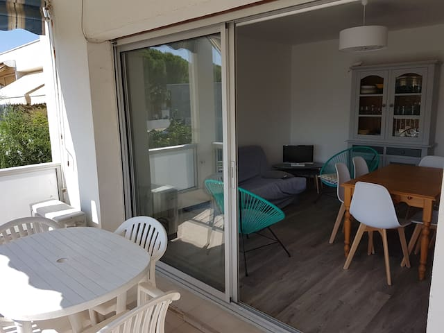 Comfortable apartment close to the beach