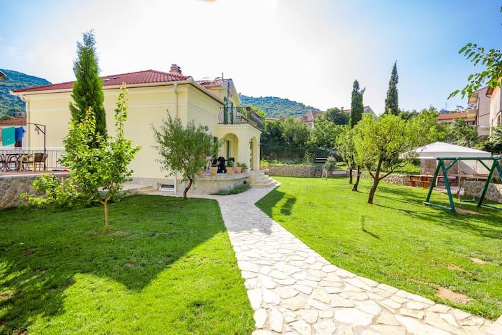 APARTMANI BARBINA KAŠTELINA Garden - Sveti Juraj - Dům
