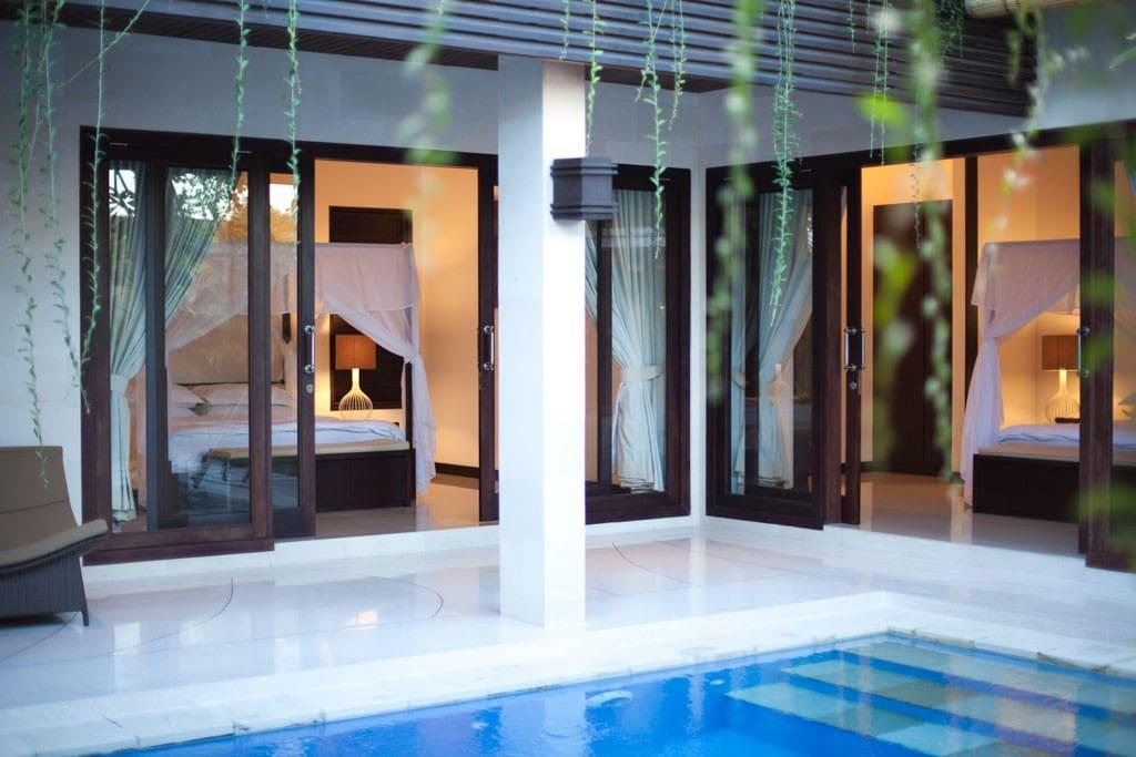 Chic 2 Bedroom Villa/Pool, Central
