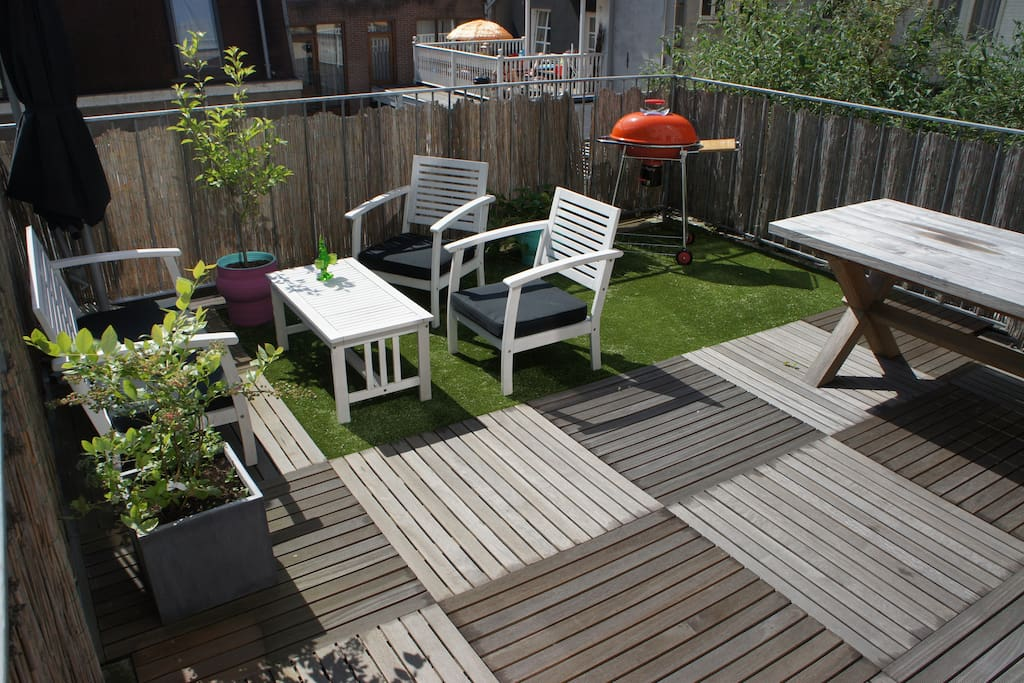 Roof terrace on the first floor!