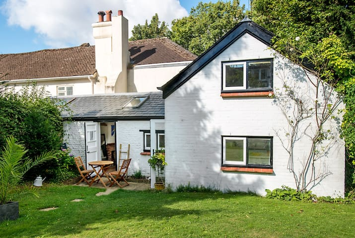 Unique Retreat Cottage (Free Parking) - Brighton - Casa